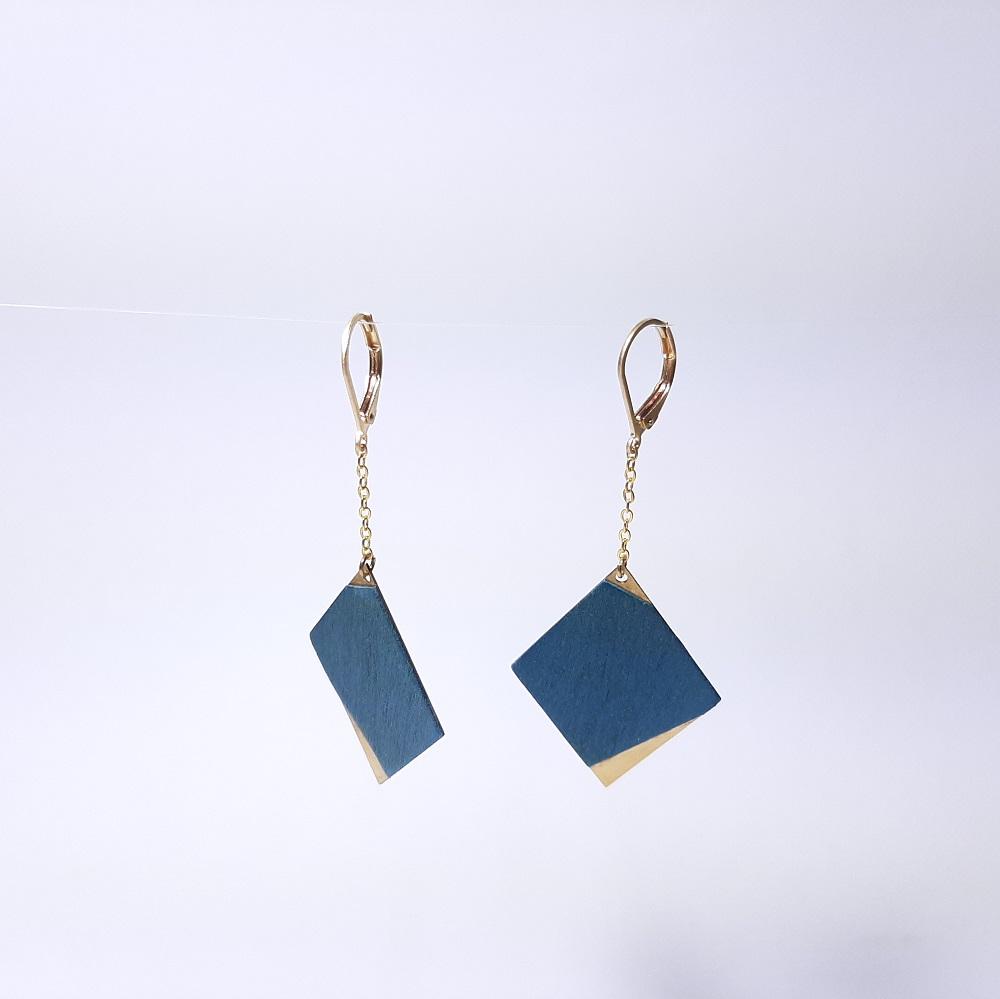Faustine – Sycomore teinté bleu