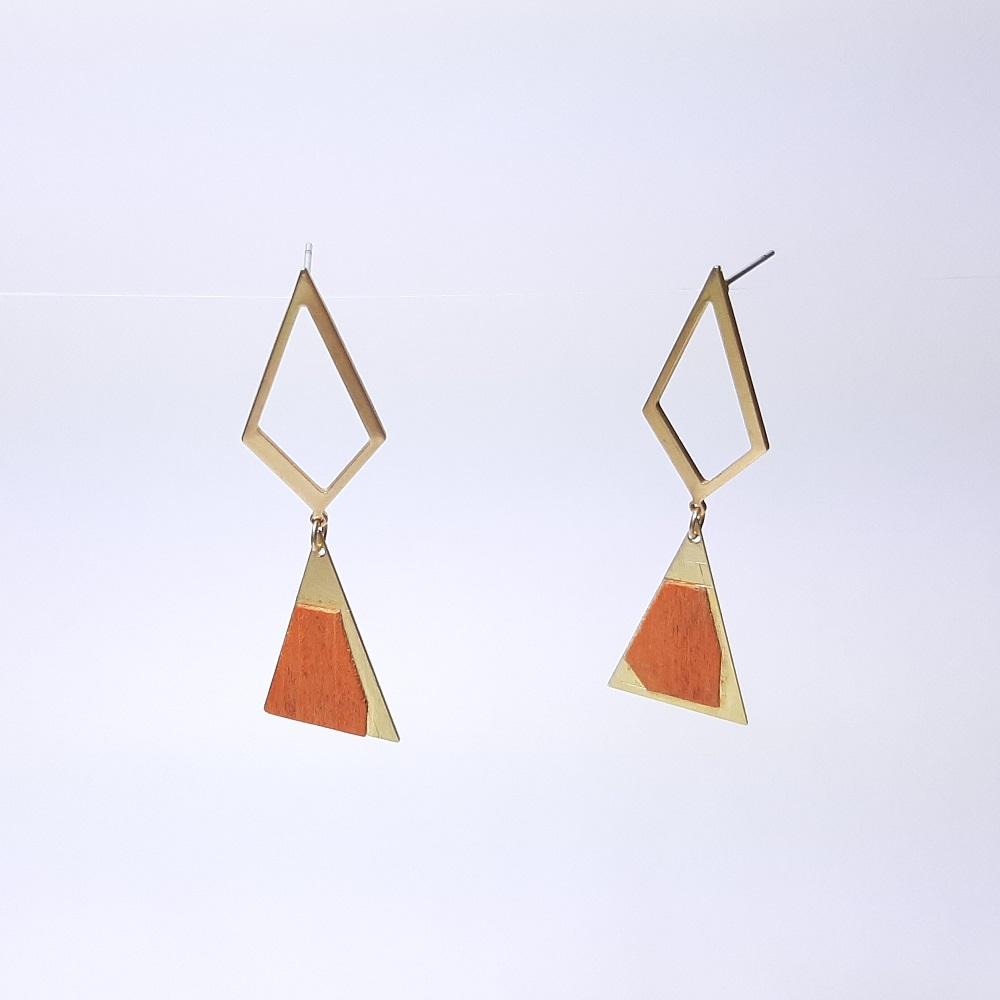 Inaya – Sycomore teinté orange