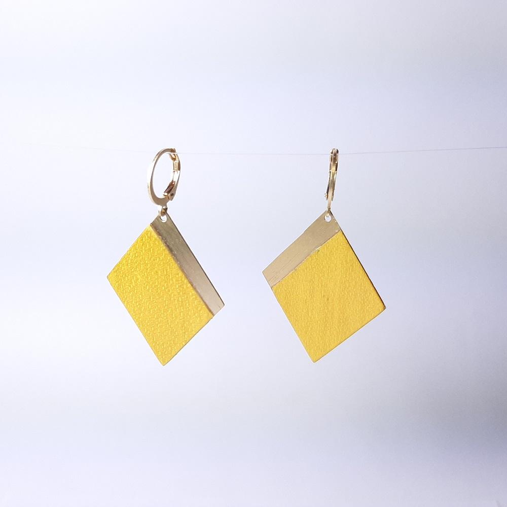 Faustine – Sycomore teinté jaune