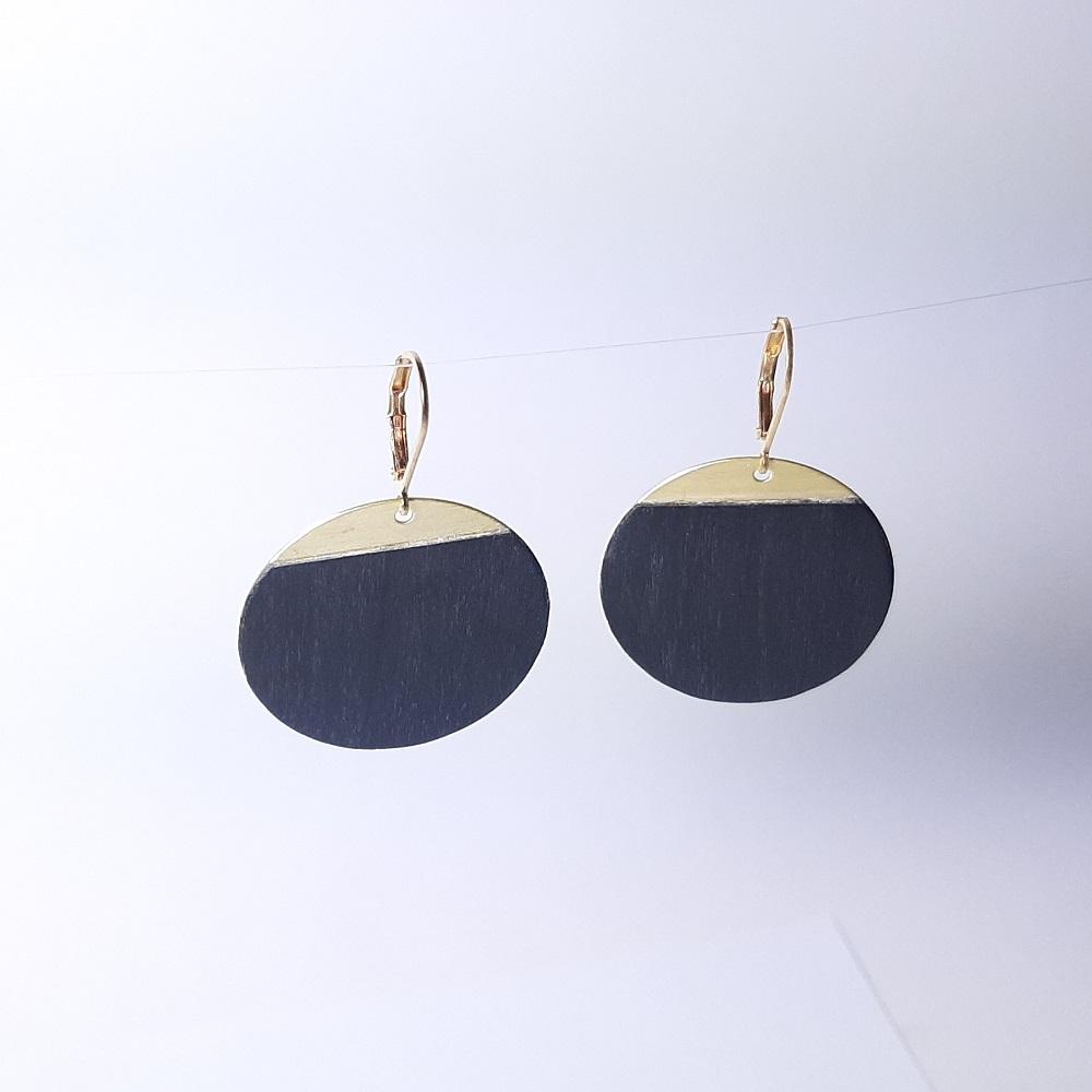 Blue – Tulipier teinté noir