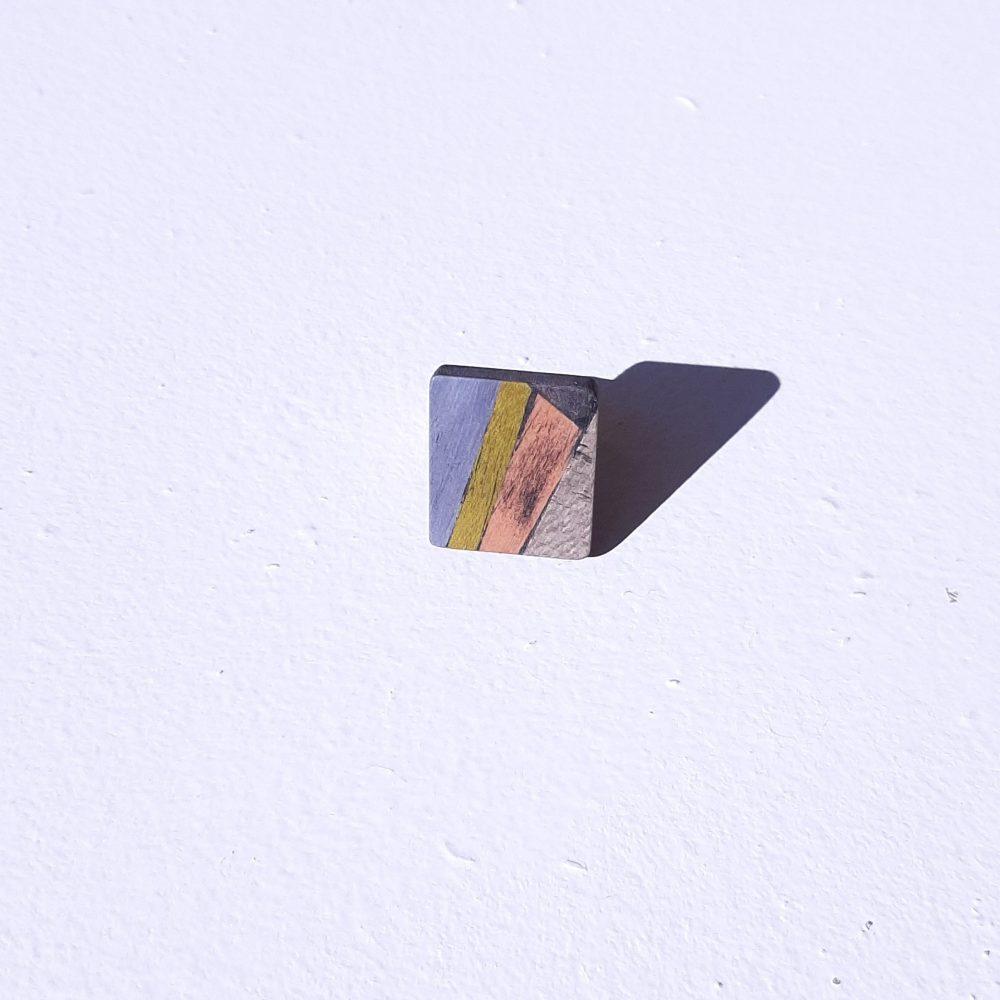 Bague en bois fait main carré Bleu vers Gris
