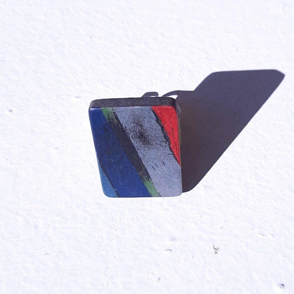 Bague en bois bleu, blanc, rouge drapeau français fait main