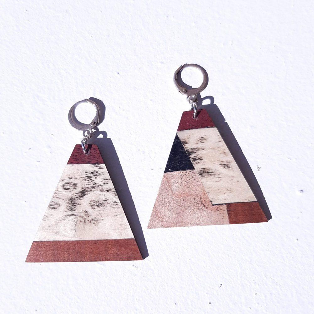Boucles d'oreilles en bois de platane et d'acajou
