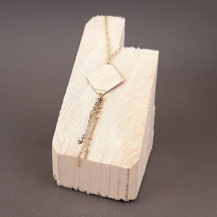 Collier carré de laiton et placage de peuplier avec chaînettes