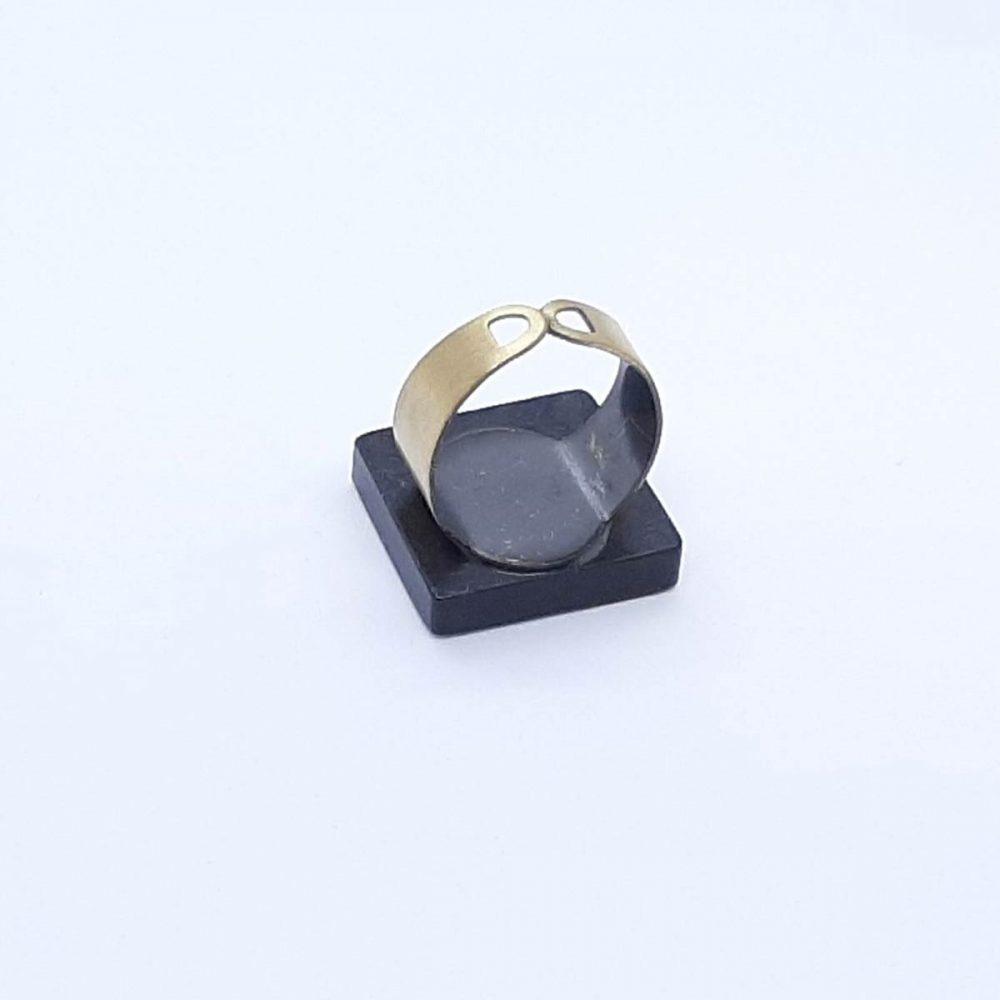 bague-bois-acajou-platane-carré-marqueterie-fait-main-bleu-vert-marron-anneau-cuivre