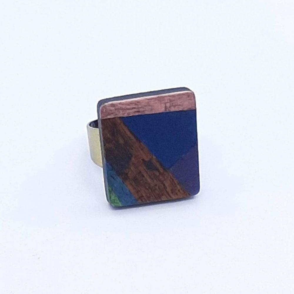 Bague en bois carré bleu et marron