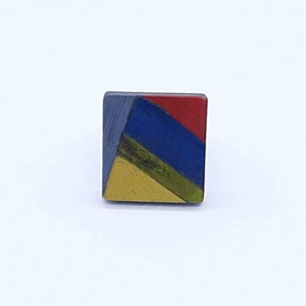 bague-bois-carré-fait-main-bleu-jaune-rouge