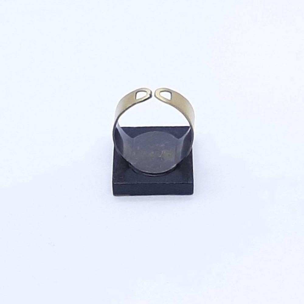 bague-bois-carré-multicolore-formes-géométriques-fait-main-anneau-cuivre