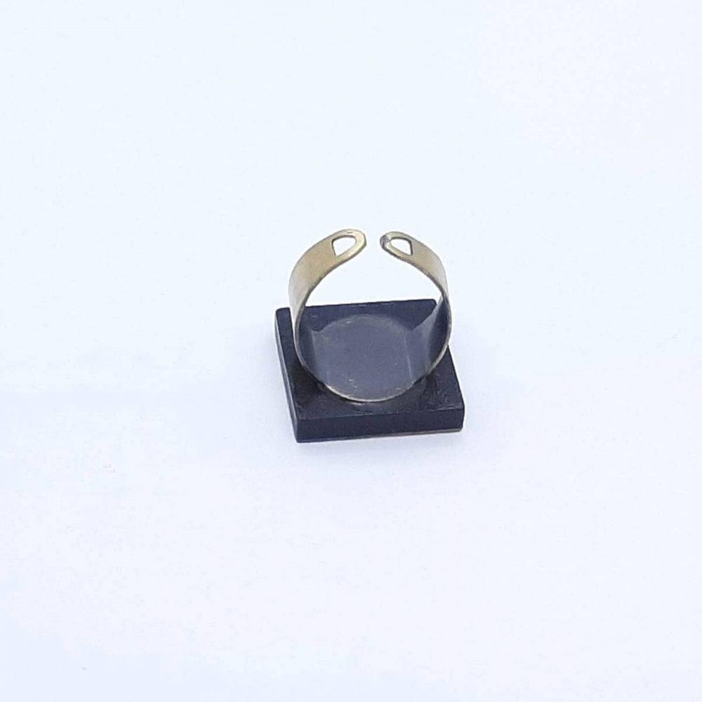 bague-bois-charme-sycomore-fait-main-anneau-cuivre
