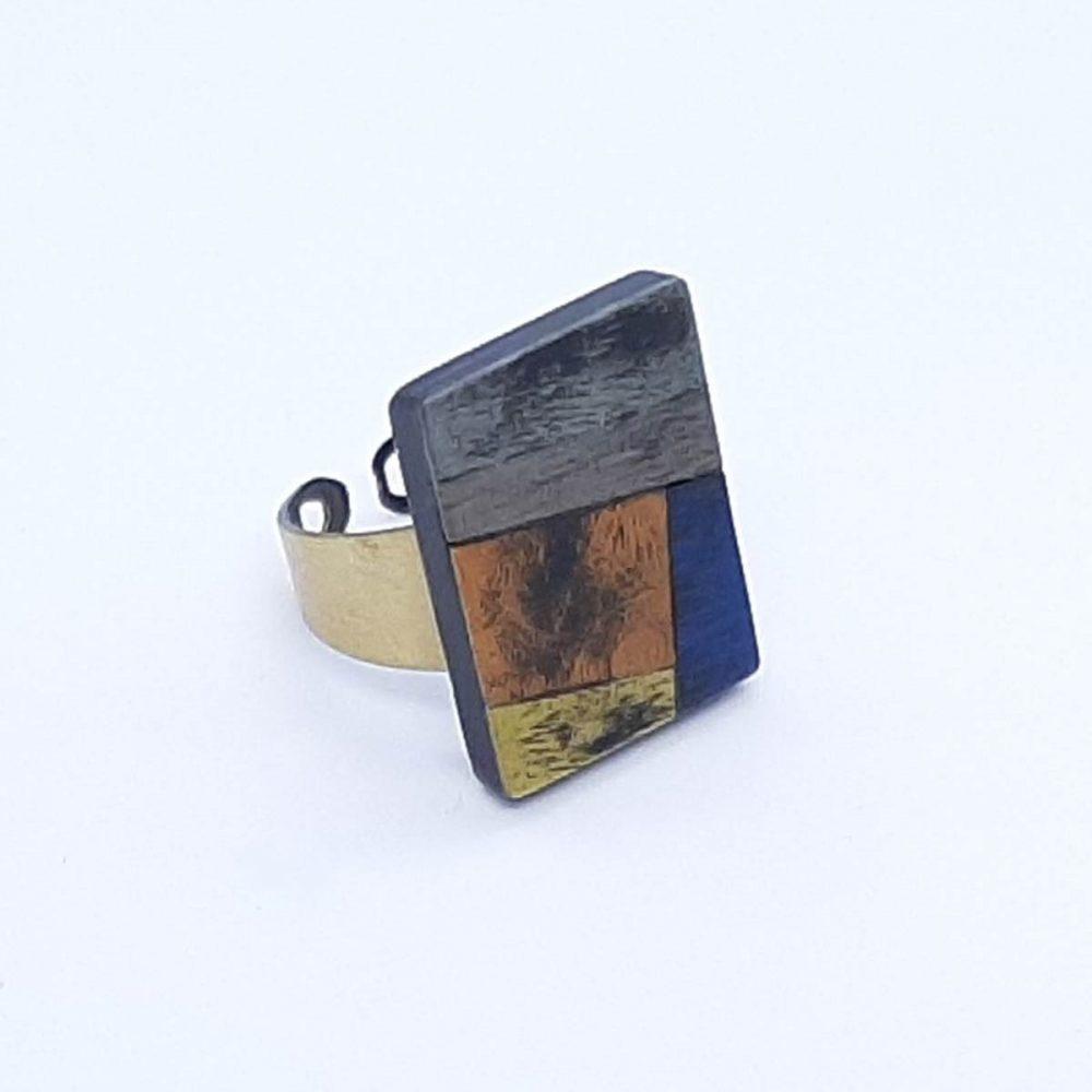 Bague en bois rectangle fait à la main
