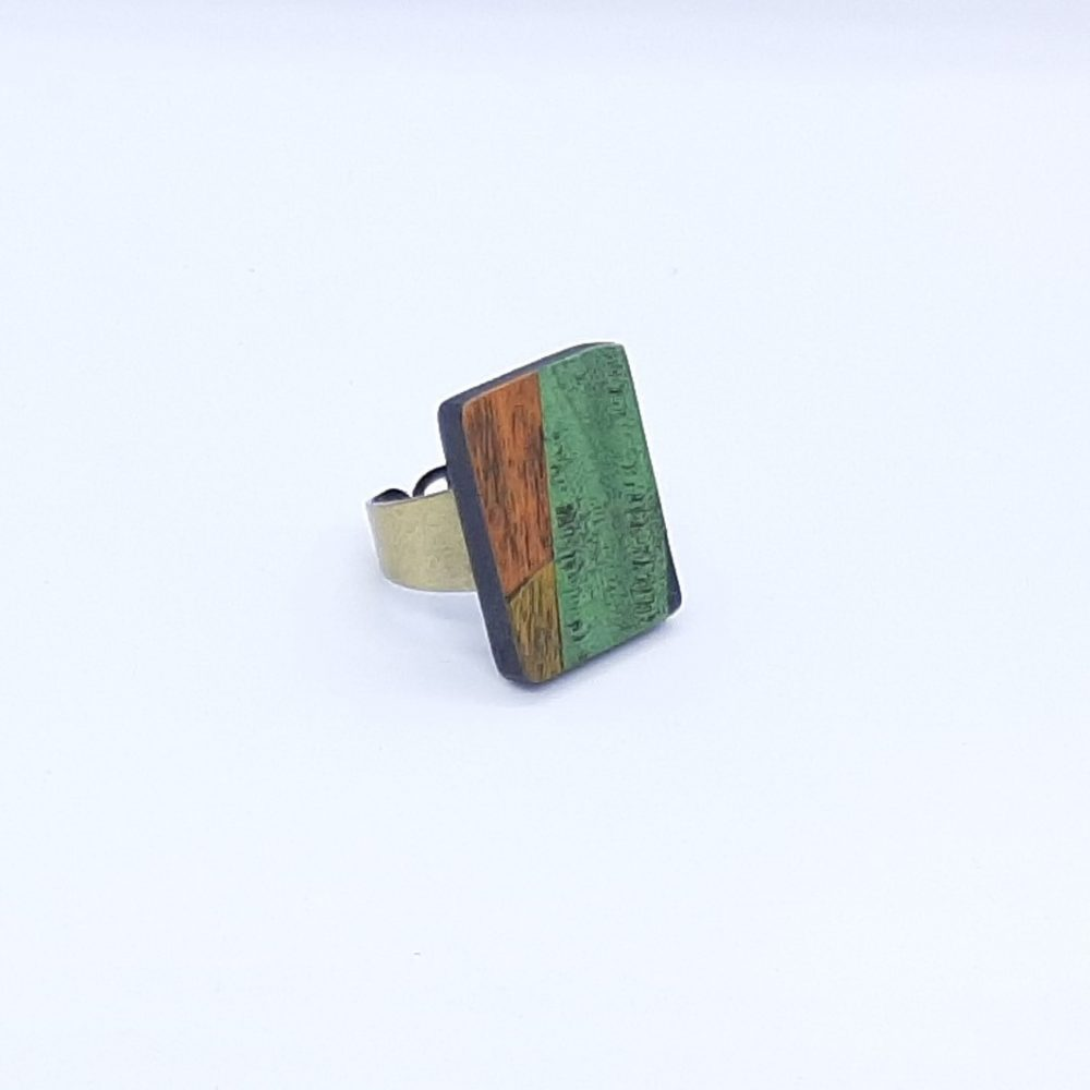 Bague en bois fait main rectangle vert et orange