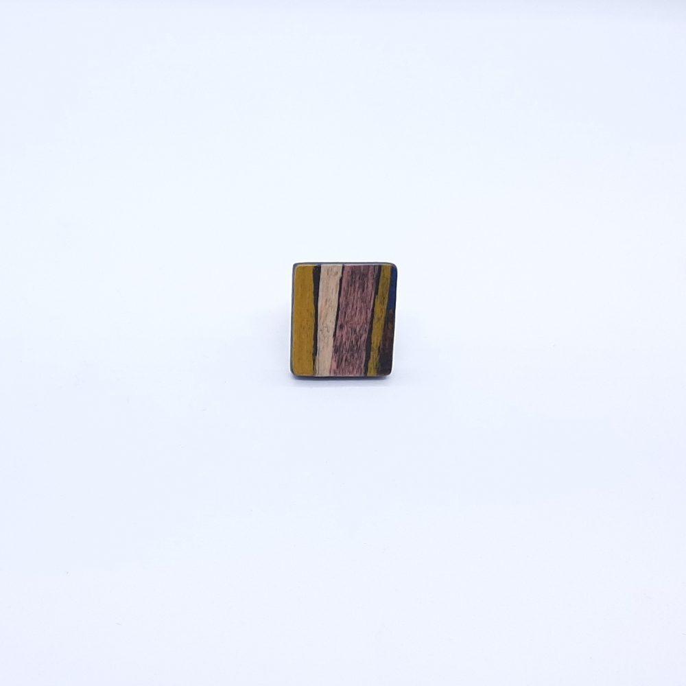 Bague en bois carré fait main marron et beige
